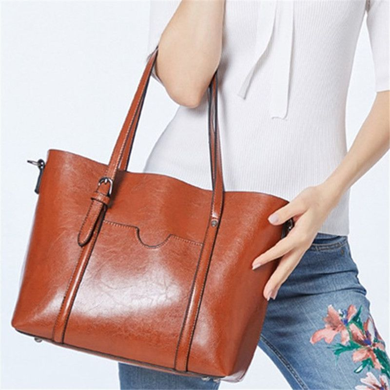 Oil Wax PU Leather Large Capacity Tote Bag