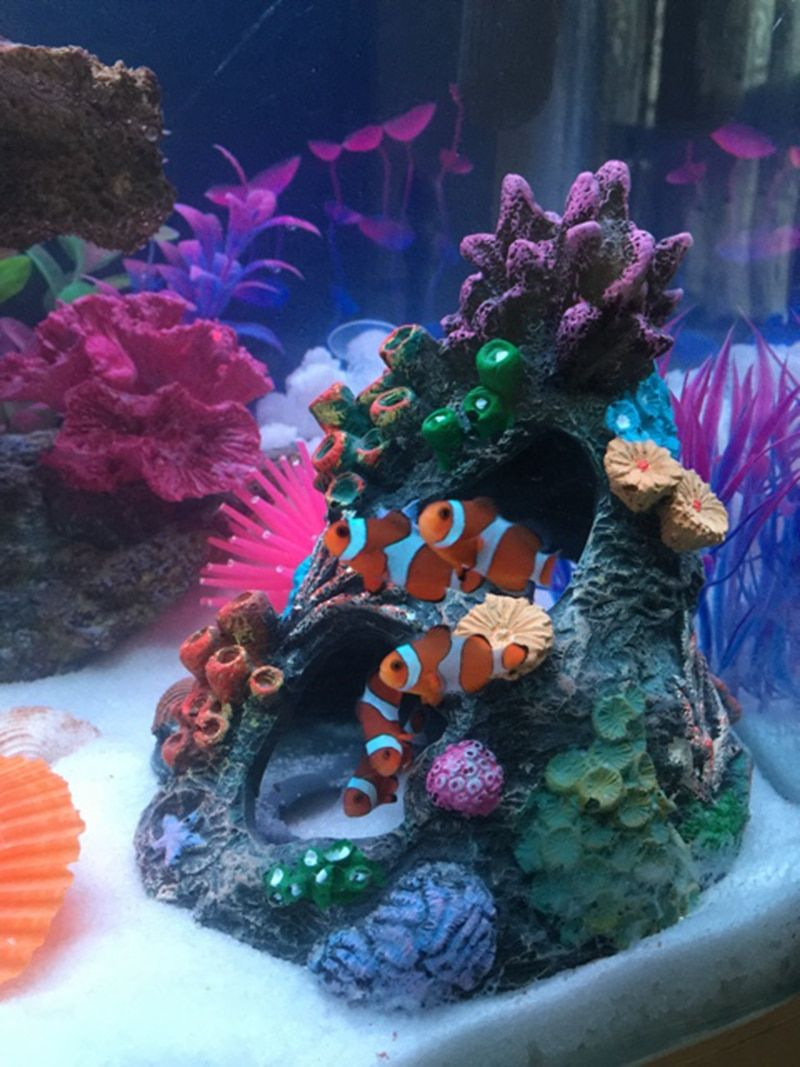 Abri de trou d'évasion de récif de corail de résine 13.5*14*15 cm pour la décoration et l'ornement d'aquarium de poissons