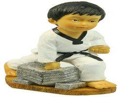 Korea gaya Resin Kerajinan Seri Taekwondo Anak Retak Batu Tulis Figurine Rumah Kantor Dekorasi Gratis Pengiriman