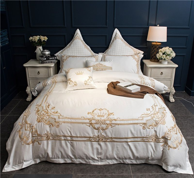 Red White Egyptian Cotton Luxury Wedding Bedding set King Queen Size Oriental Embroidery Duvet cover bed sheet set Pillowcases