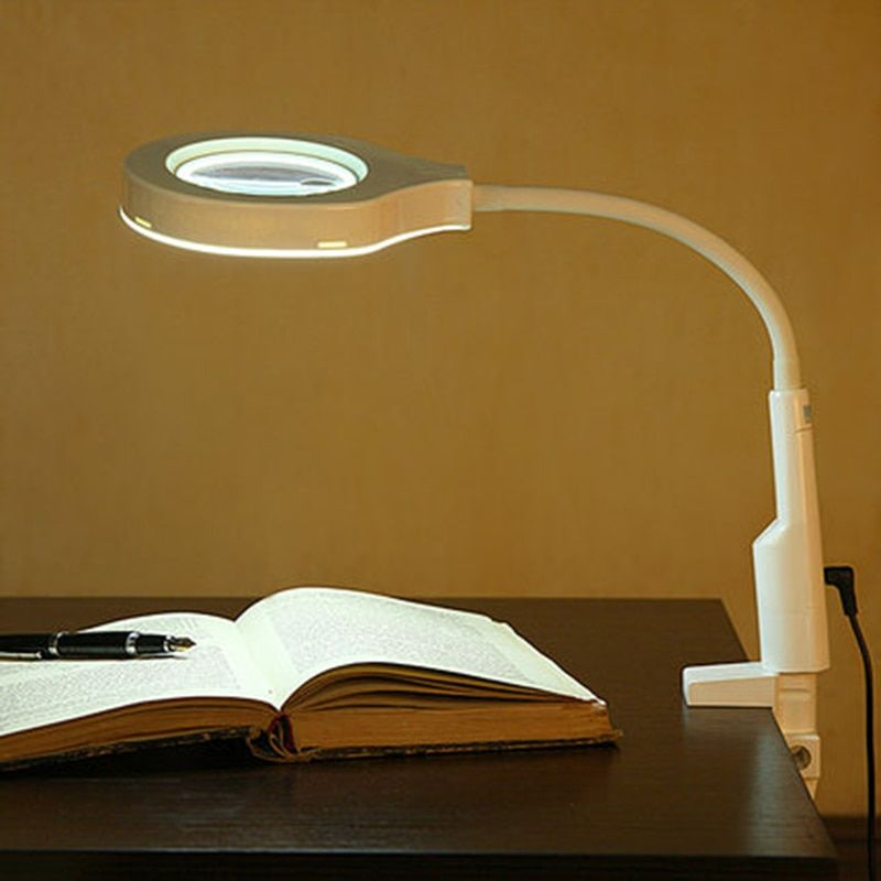 2 in 1 Lighted Magnifier and Desk Lamp Flexible Practical Hands-free Magnifying Tool Sturdy Good Quality Versatile with C Clamp