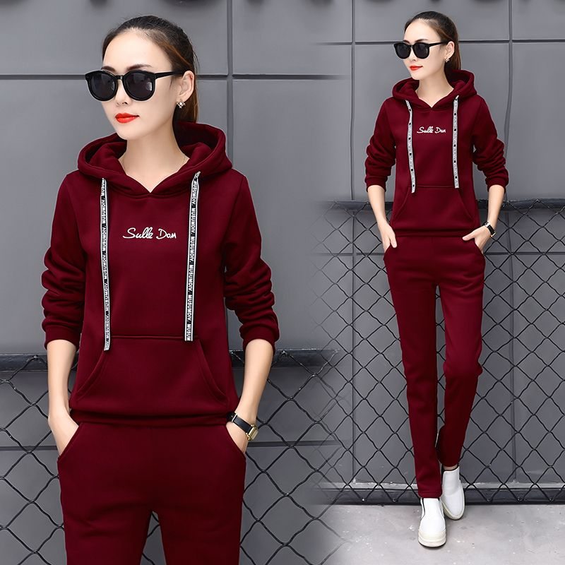 New 2017 Woaman Spring and Autumn Long sleeve two-piece sports suit outdoor Breathable track suit women Running sets