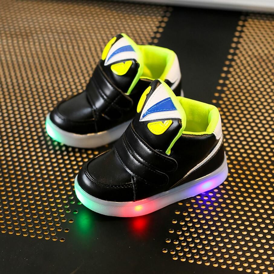 Children Casual Shoes With Light LED Spring Autumn Cartoon Boys Girls Flash Sneakers Kids Luminous Sport Shoes Breathable Boots