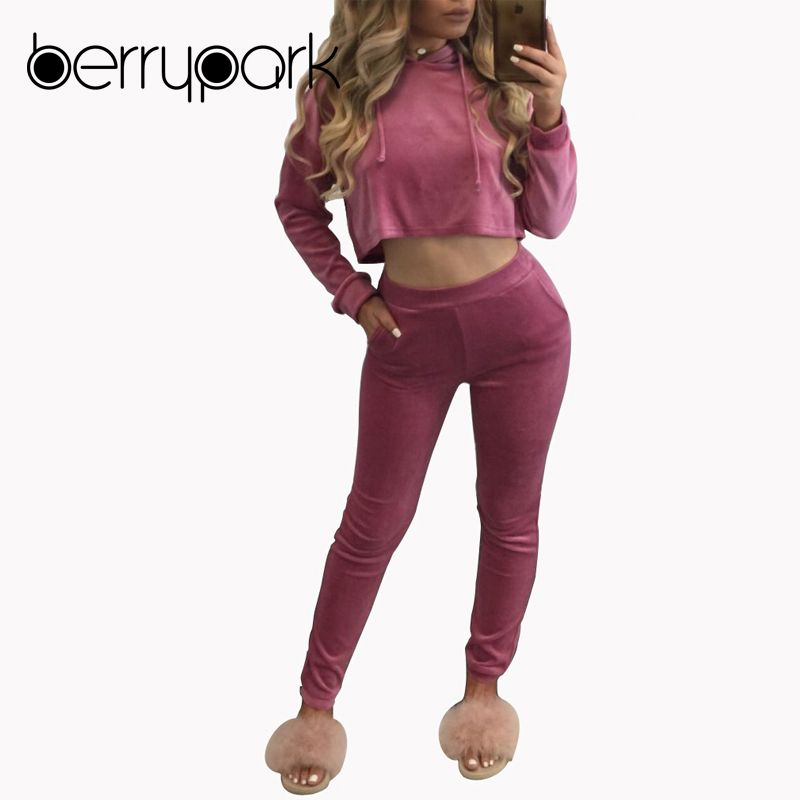 BerryPark Tracksuits 2019 Winter Women Sweatsuits Hoodies 2 Pieces Set Pink Hooded Sweatshirts Crop Top and Pants Sporting Suits