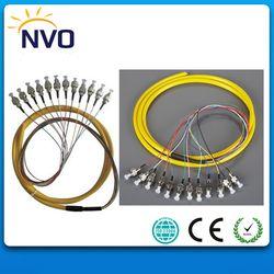 Gratis Pengiriman 12 Core 1.5 M Multimode OM2 50 Cm dari Kabel Konektor FC/UPC Jaket PVC Paket Pigtail Serat Mm Optic Pigtail