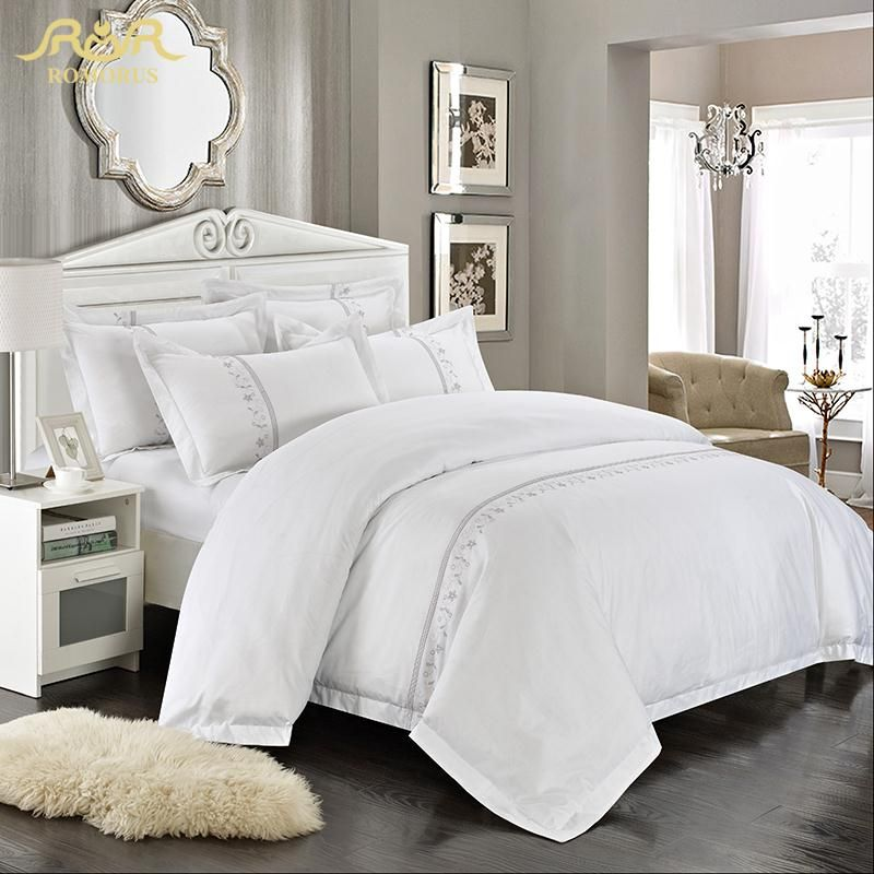 ROMORUS vente en gros hôtel literie ensemble 4/6 Pcs blanc roi reine taille 100% coton brodé hommage soie qualité linge de lit ensembles