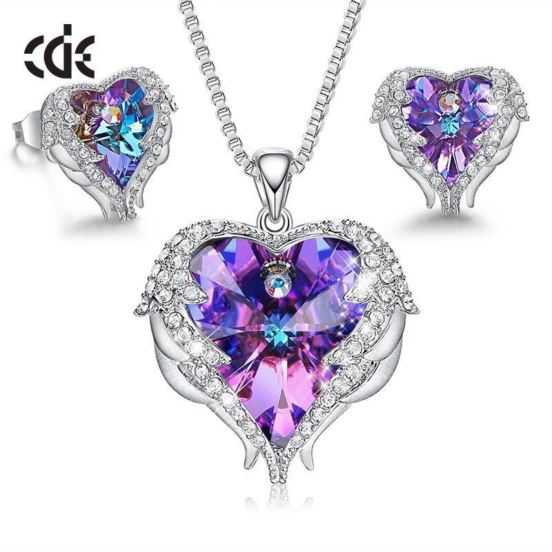 CDE femmes collier boucles d'oreilles ensemble de bijoux embelli de cristaux de Swarovski femmes coeur pendentif Stud mode bijoux cadeau