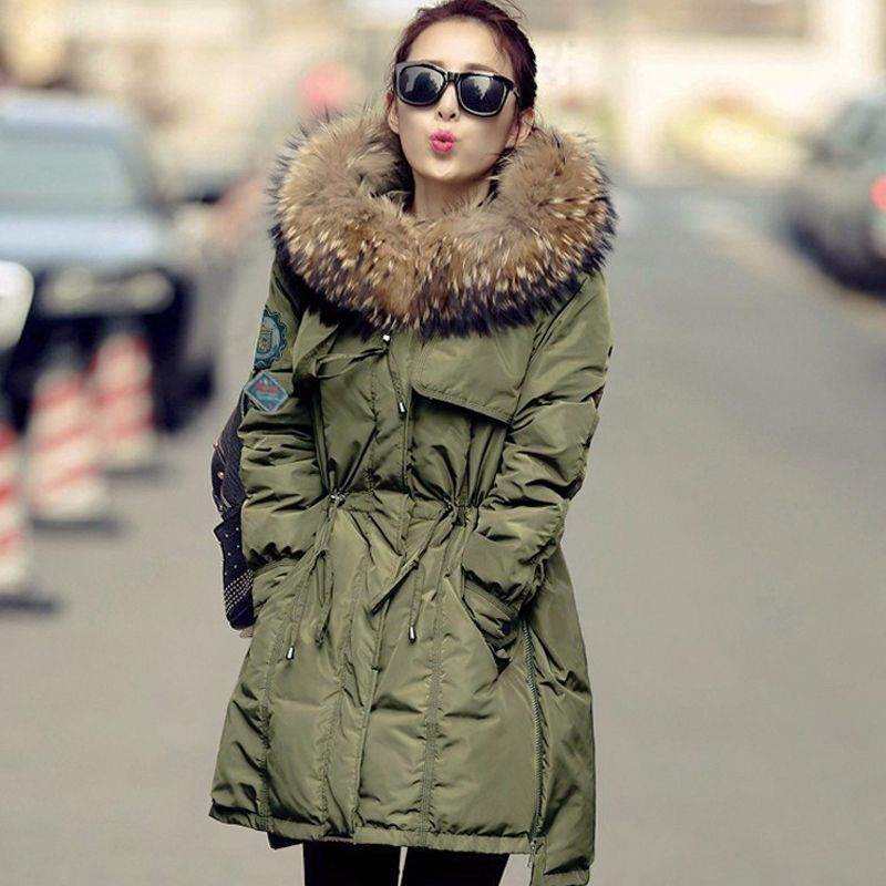 Large Real Fur 2018 Winter Jacket Women White Duck Down Parka Jackets Natural Raccoon Fur Collar Female Winter Coat Women Parkas