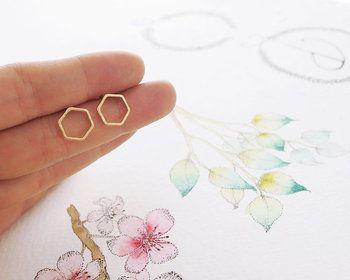 1Pair Fashion Hollow Line Hive Hexagon Earring Cut Out Hexagon Honeycomb Earring Simple Elegant Geometric Earrings