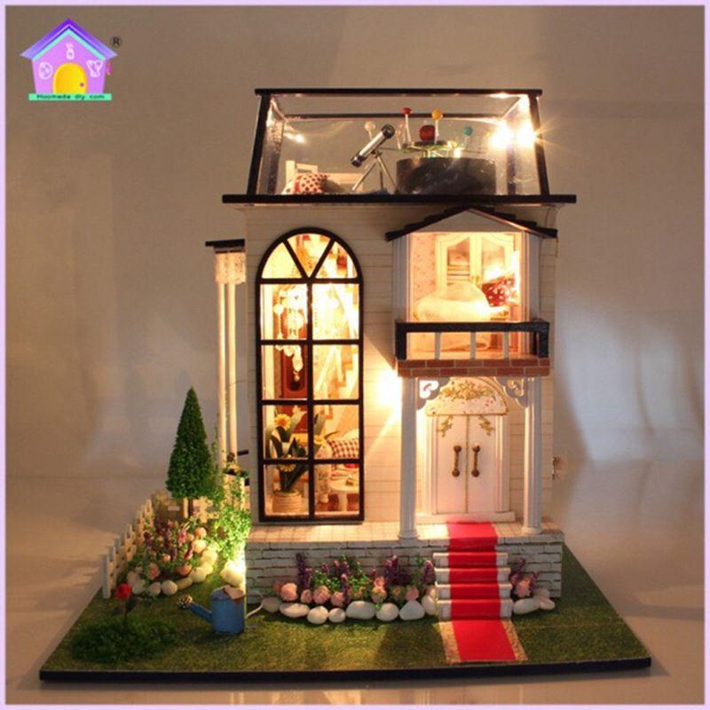 New Hoomeda 13837 Handmake DIY Dollhouse Miniature Model With Light Music Motor Doll House Room Best Gift