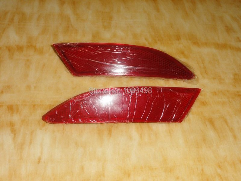 2 Pieces/pair car rear bumper reflector lights for Ford Focus 3 2012-2014 Sedan and Hatchback