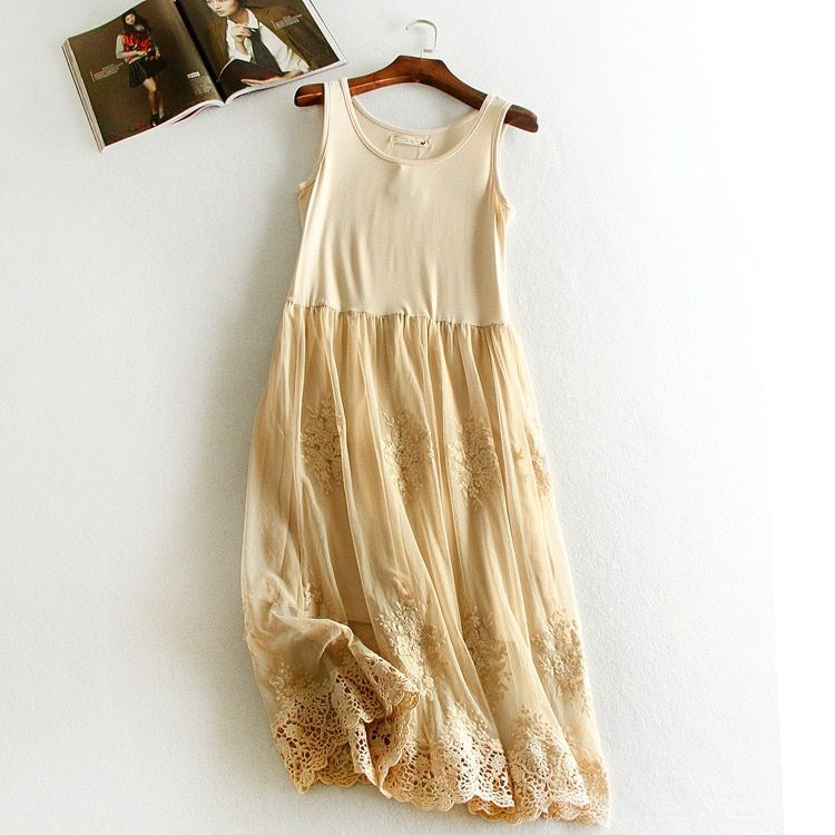 Embroidery floral lace inner underskirt vest dress medium long loose gauze double layer elastic petticoat autumn and winter