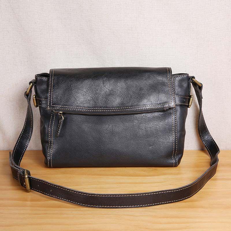 AETOO Original handmade vintage leather men's bag top layer leather shoulder Messenger bag British vegetable tanned skin