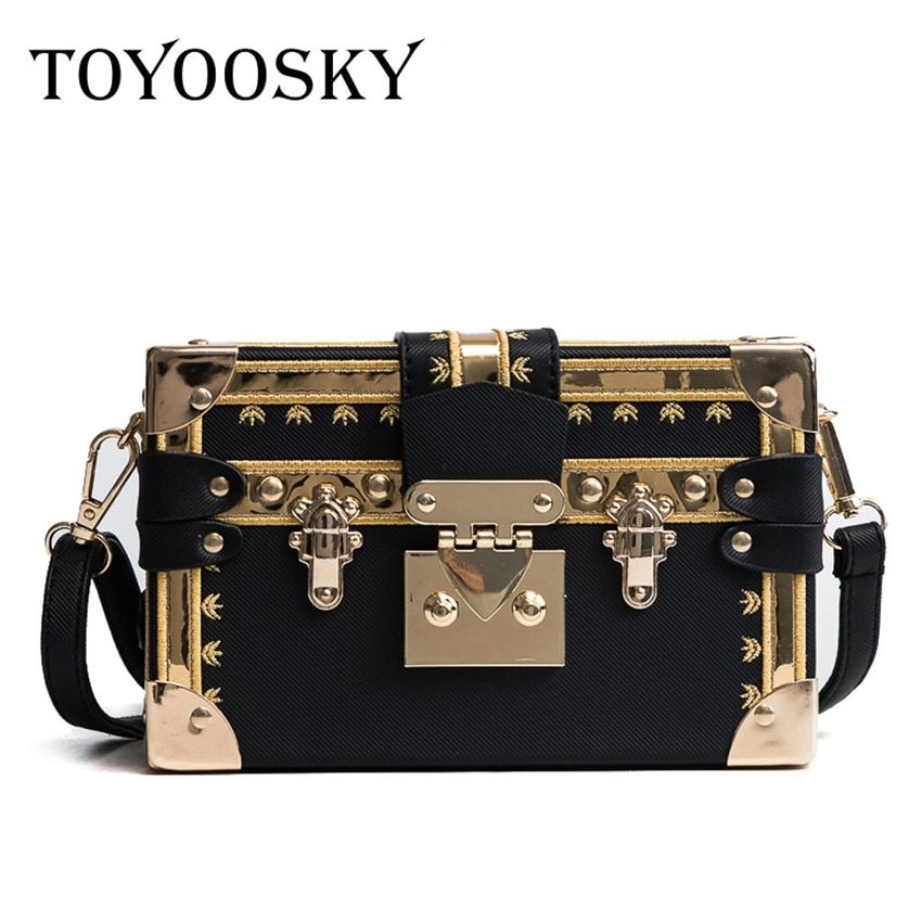 TOYOOSKY Famous Brand Rivet Box Handbags Women Mini <font><b>Cube</b></font> Brand Original Design Crossbody Bags for Women Messenger Bag Sac A Main