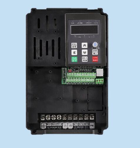 Single phase 220V input to 380V output 11KW general inverter / three-phase 380 asynchronous motor speed regulator