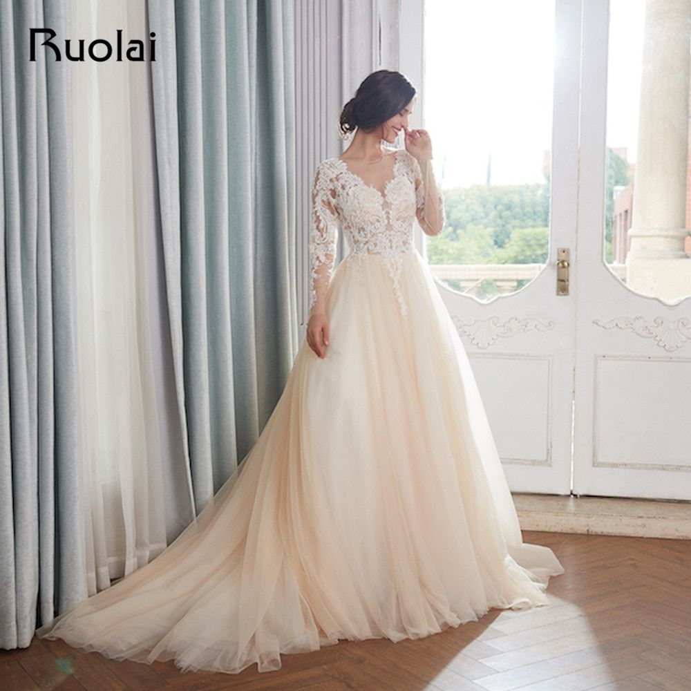 Champagne Wedding Dresses 2018 Dubai Long Sleeves Arabic Pearls Beaded Ball Gown Wedding Gown Dress Elegant Robe de Mariee RW15