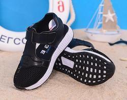 Mode chaude 2018 tendance nouvelle fille sandales fond mou en jachère d'été plage chaussures garçons sandales