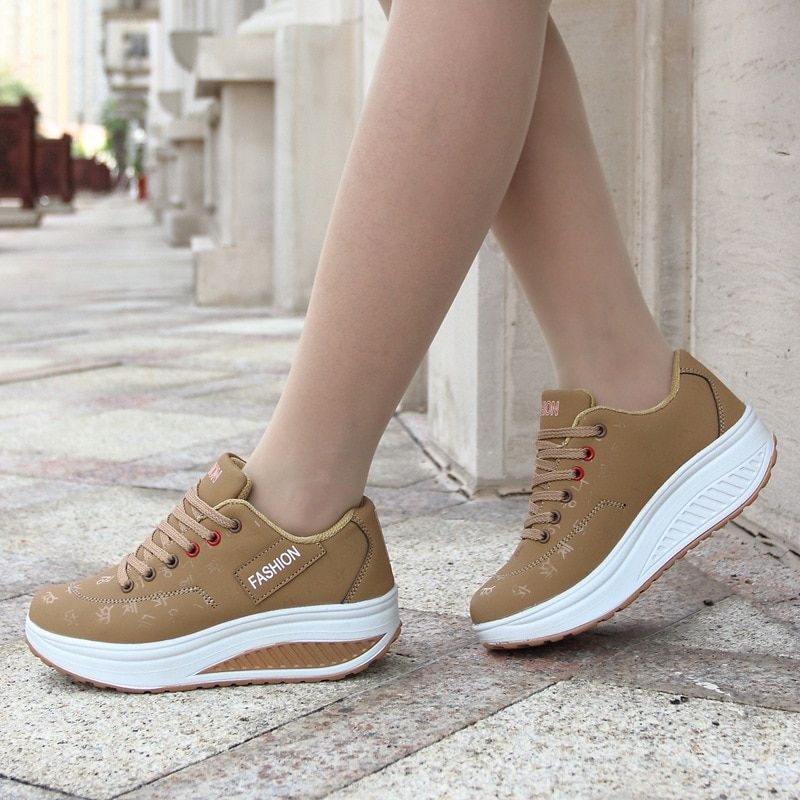 2017 Hot Sale Women Sport Running Shoes Breathable Non Slip Thick Bottom Ladies Wedges Running Outdoor Sneakers
