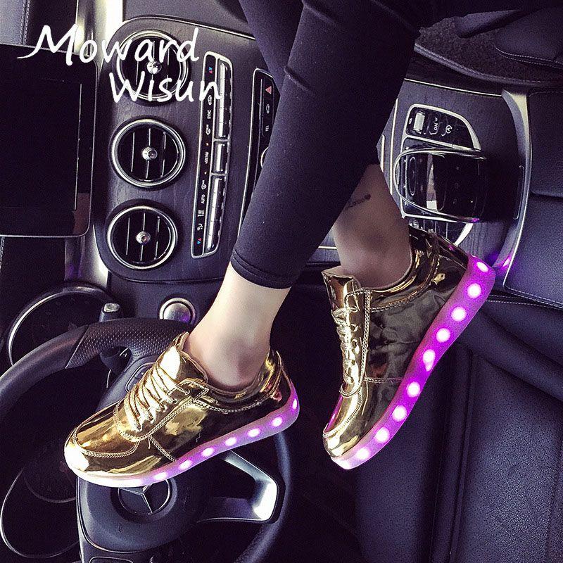 Модные Обувь со светодиодной подсветкой светящиеся Спортивная обувь с легкой подошвой светодиодов Шлёпанцы для женщин светящиеся Спортив...