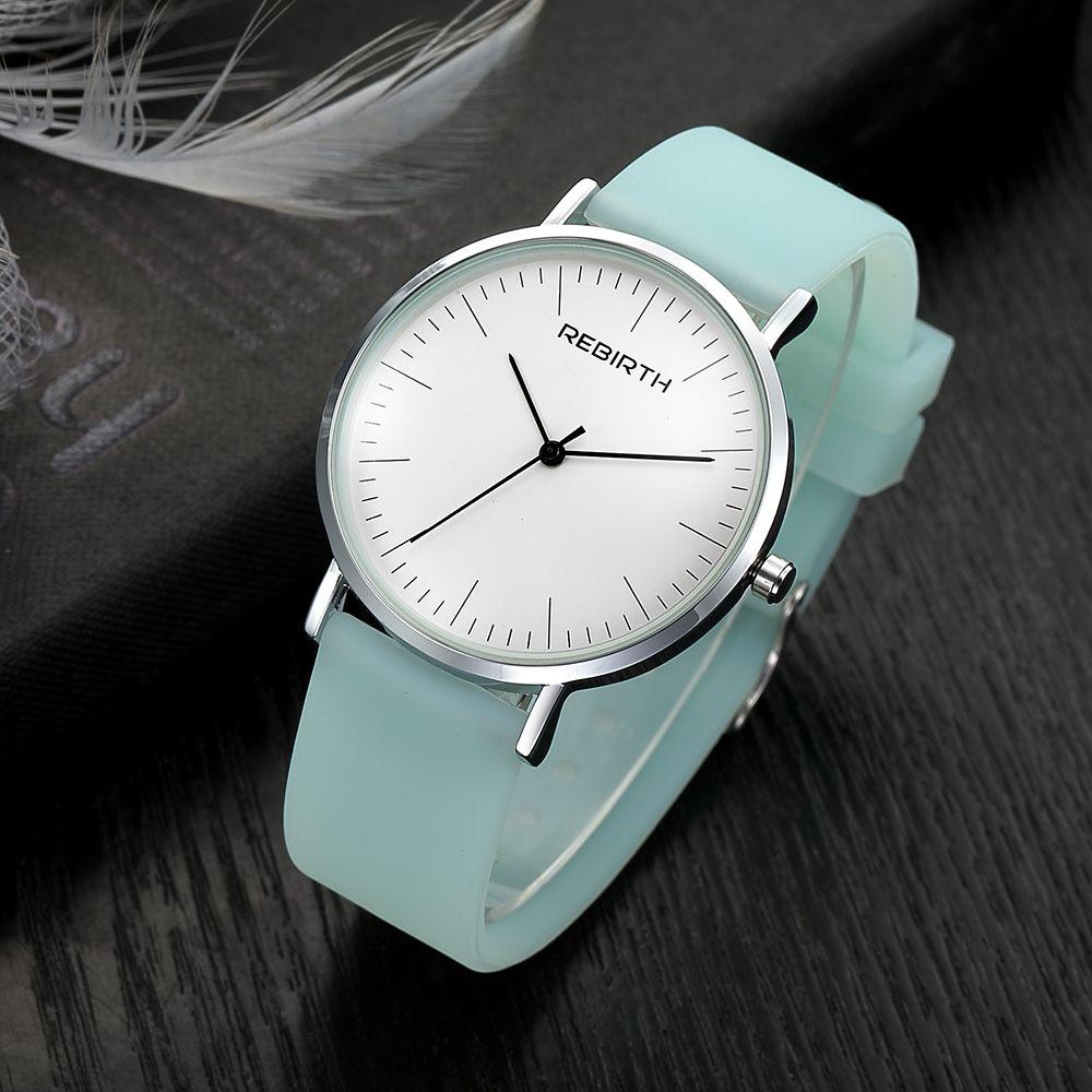Mode Casual Femmes Robe Montres Top Marque Dames de Courroie De Silicone Quartz Montre-Bracelet De Luxe Femelle Horloge