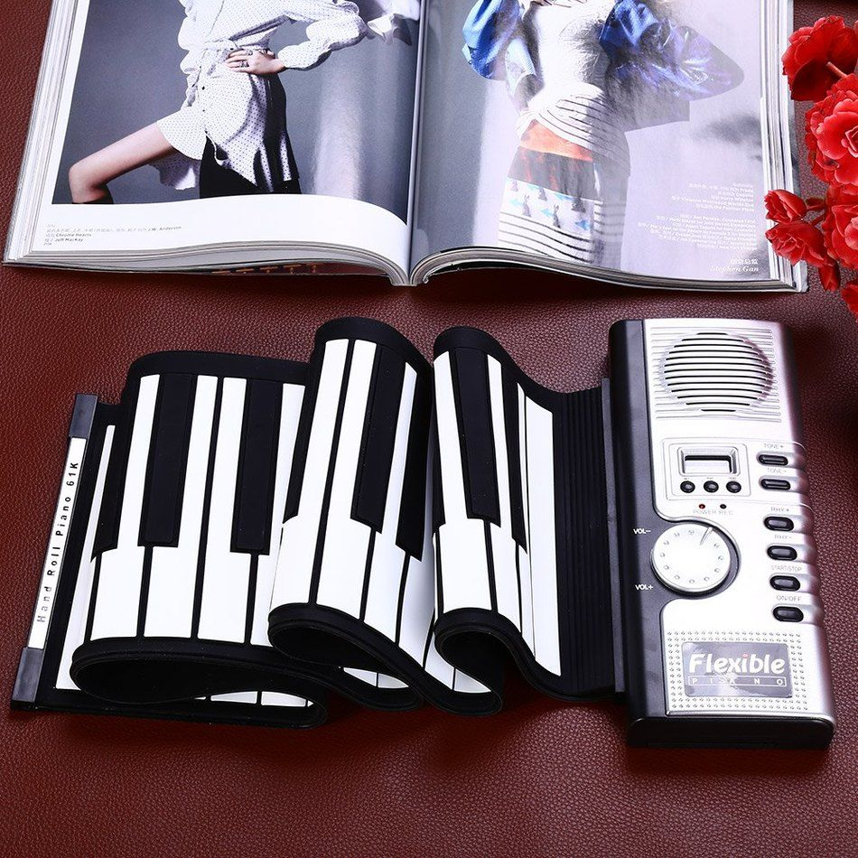 2016 Hot Sale Portable Flexible 61 Keys Silicone MIDI Digital Soft Keyboard Piano Flexible Electronic Roll Up Piano