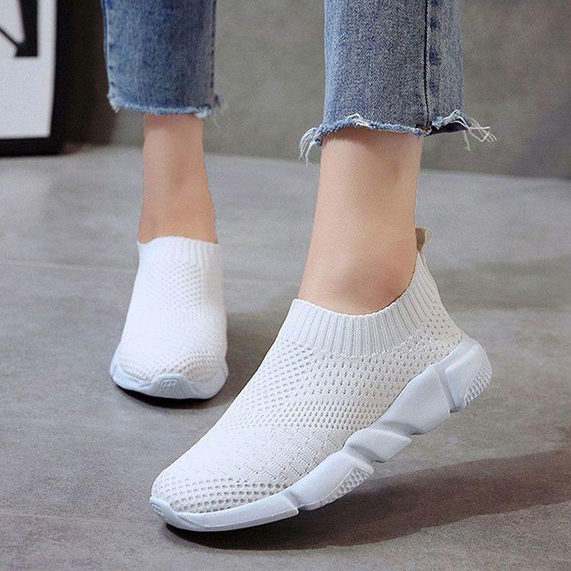Women Shoes 2019 New Flyknit Sneakers Women Breathable Slip On Flat Shoes Soft Bottom White Sneakers Casual Women Flats Krasovki