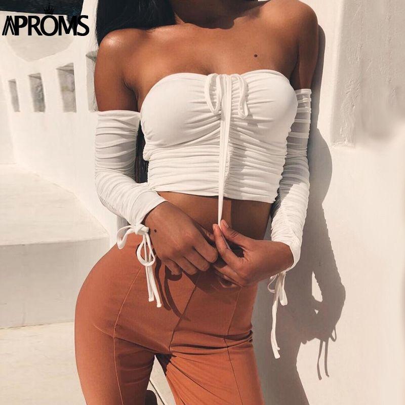 Aproms Plus Cool Hors Épaule Récolte hauts décontracté Ruché Plissé Blanc T-shirt Femme Manches Courtes Recadrée T-shirt pour Les Femmes Vêtements