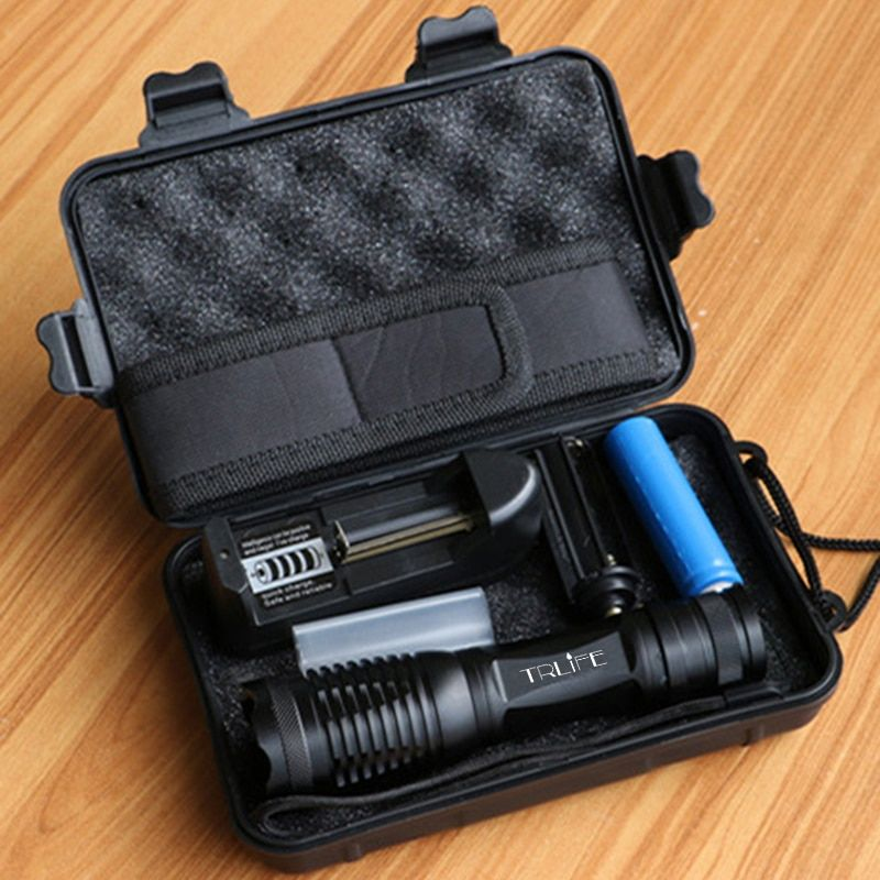 10000 Lumens LED Flashlight T6/L2/V6 Tactical Flashlights LED <font><b>Torch</b></font> Zoomable Flash Light+18650 Battery+Charger+Holster+Gift Box
