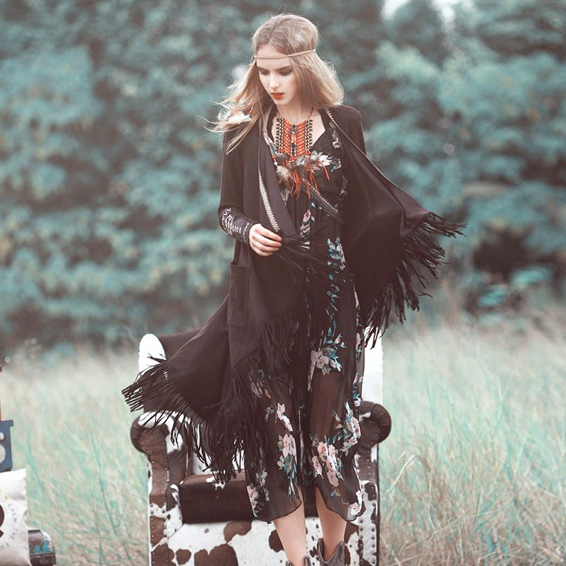 2017Autumn women original folk style maze long tassel cardigan coat female cuff embroidered gypsy style bohemian trench
