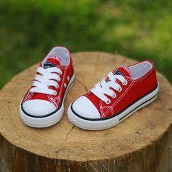 2017 zapatos de los niños de la lona zapatillas de deporte respirables de los muchachos marca niños zapatos para niñas Jeans Denim Niño ocasional zapatos de lona plana