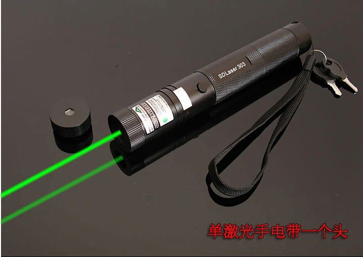 Kostenpreis förderung Starke leistung, Military Green laser pointer 100000 mw High power 532nm Fokussierbare Burning Match, pop ballon
