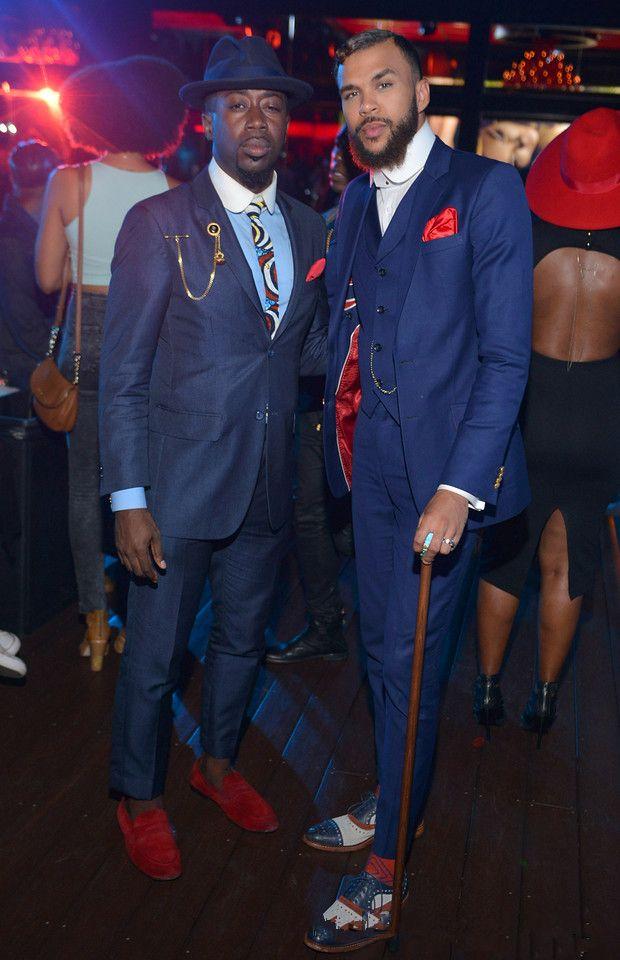 Latest Coat Pant Designs Navy Blue Groom Tuxedos Slim Fit Italian Style Bespoke Mens Wedding Party Suits(Jacket+Pants+Vest)terno