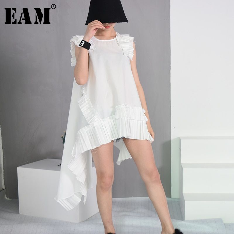 [EAM] 2018 Summer Fashion New Sleeveless White Irregular Hemline Folds Burrs Loose Round Neck Dress Trend Women YC32400