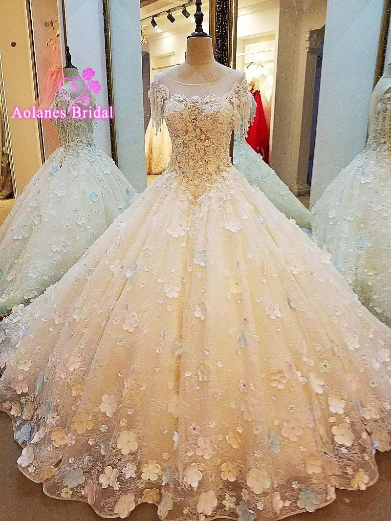 New Arrival Vintage Wedding Dress 2017 Scoop Cap Sleeve Cathedral Train Applications Tulle Bride Gowns With Tulle Brautkleid