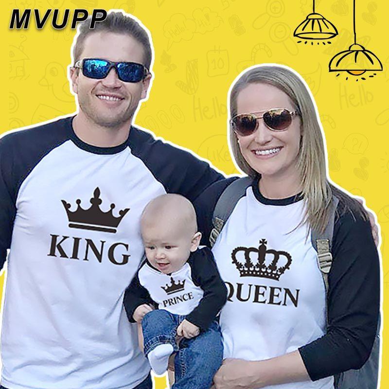 Roi reine famille correspondant vêtements maman et moi long t shirt baseball t-shirts mère fille tenues père fils look maman patchwork