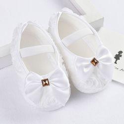 Zapatos de bebé recién nacidos primeros caminantes bebés lindos zapatos de la princesa mariposa boda bebé zapatillas