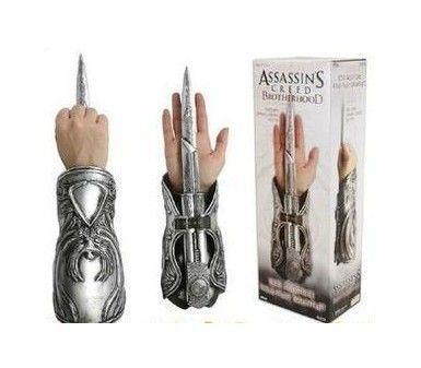 1:1 NECA Assassins Creed Hidden Blade Gauntlet Replica Cosplay Brotherhood Ezio Auditore Weapons