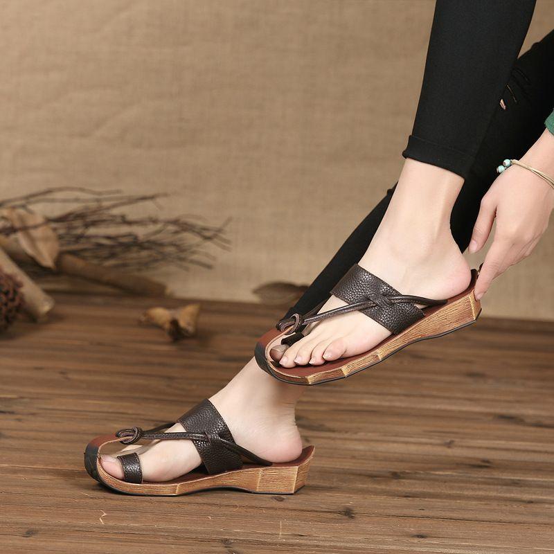 Sandales pour femmes en cuir véritable d'été à bout fermé tongs pour femmes femmes plage pantoufles décontractées de haute qualité dames chaussure Slipp