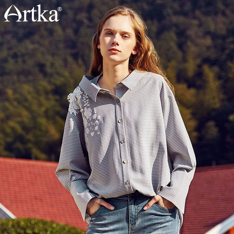 Artka New Spring Fashion BF Style Lace Exquisite Floral Embroidery Casual Full Flare Sleeve Pliad Shirt Female SA10184C