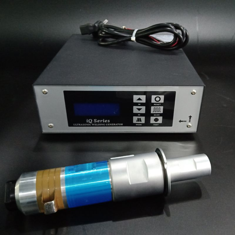 2000 watt/20 khz ultraschall schweißen generator preis mit schweiß wandler für schweißen kunststoff maschine