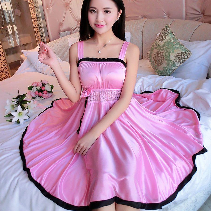 2018 Femmes vêtements de nuit Sexy Mini chemises tempatation filles spaghetti sangle jupes style d'été en dentelle de soie vêtements de nuit Robe de Nuit