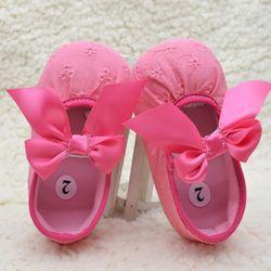 Alta Calidad recién nacido zapatos de bebé niño Unisex niños niñas PU suave arco niñas Niño Zapatos niño navidad