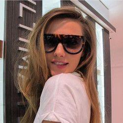 2016 Mode lunettes de Soleil Femmes Flat Top Style Marque Conception Vintage lunettes de Soleil Femme Rivet Shades Big Cadre Shades UV400