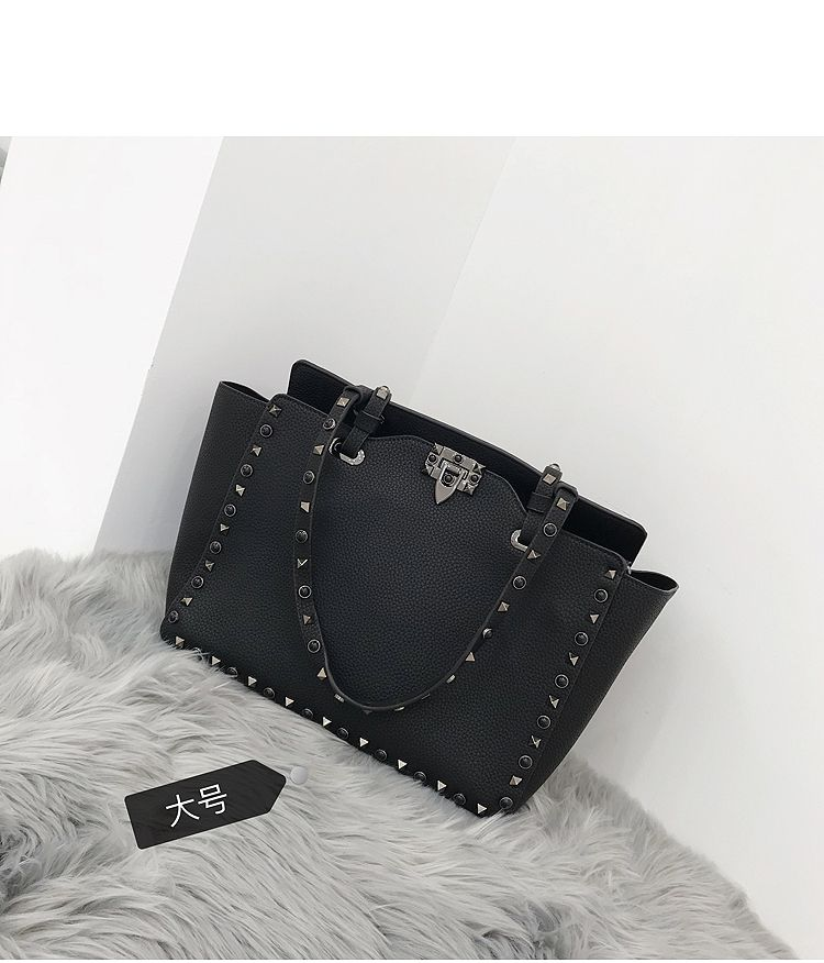 Leather Handbag Large Capacity Women Shoulder Bag Retro Rivet Tote Purse High Quality Casual Female Shopping Bags