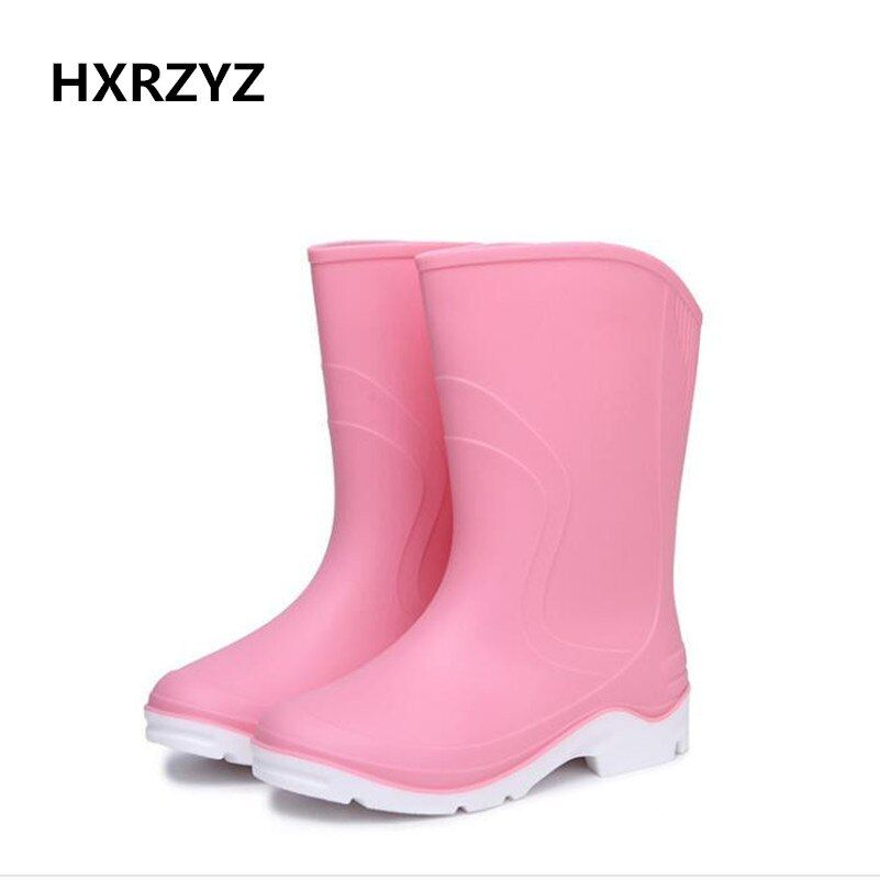 HXRZYZ women fashion rain boots flat with non-slip rain shoes spring / autumn fashion Solid color comfortable Rubber boots