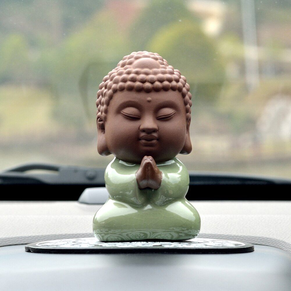 Handmade Lovely Buddhist Monks Buddha Figurine Car Ornaments Pendant Charms Desk Furniture Ornaments Decoration Car Styling Gift