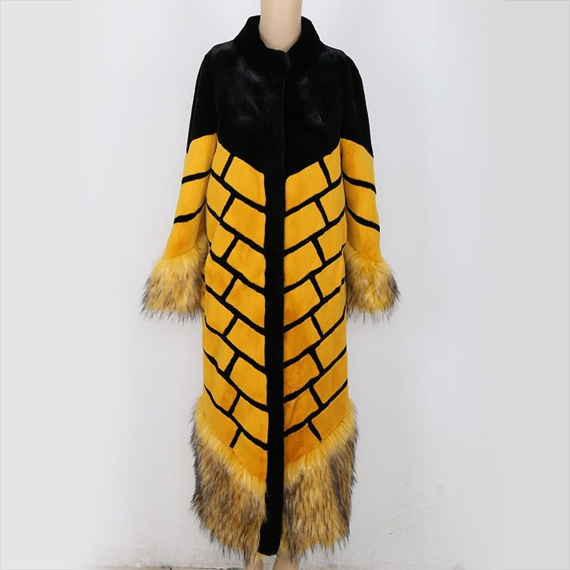 2018 Winter High Quality Women Faux Fox Fur Coat Yellow and Black Color Block Stripe Patchwork Ultra Long Runway Fake Fur Coats