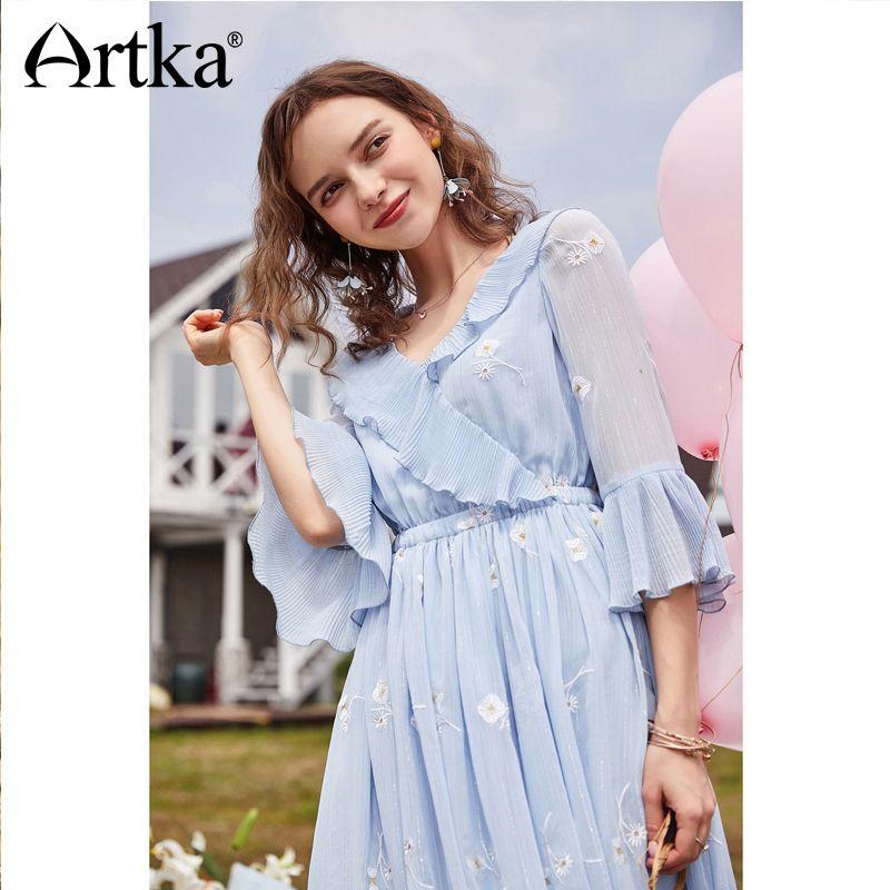 Artka 2018 Summer New Women Elegant Sky Blue Ruffled Elastic Waist Flare Sleeve V-neck Floral Embroidery Dress LA11688X