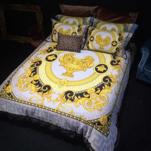High-end-luxus königlichen französisch italien design rokoko drucken medusa marke könig königin größe quilts weiß blau gold hochzeit bettwäsche sets
