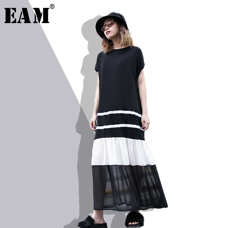 [EAM] 2018 New Summer Round Neck Short Sleeve Black <font><b>Hit</b></font> Color Hem Chiffon Pleated Split Joint Loose Dress Women Fashion JF070